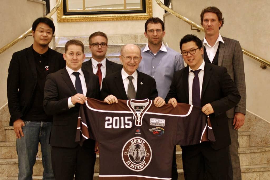 Willi Lemke - Hockey is Diversity